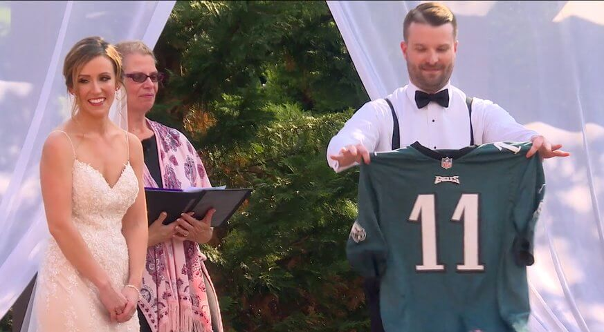 This groom wore an Eagles jersey at his wedding. | Vimeo
