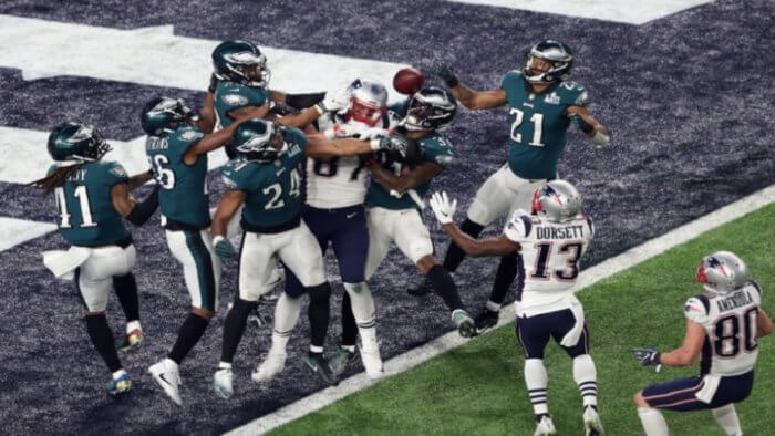 Patriots, stunned, by, Eagles, in, Super Bowl