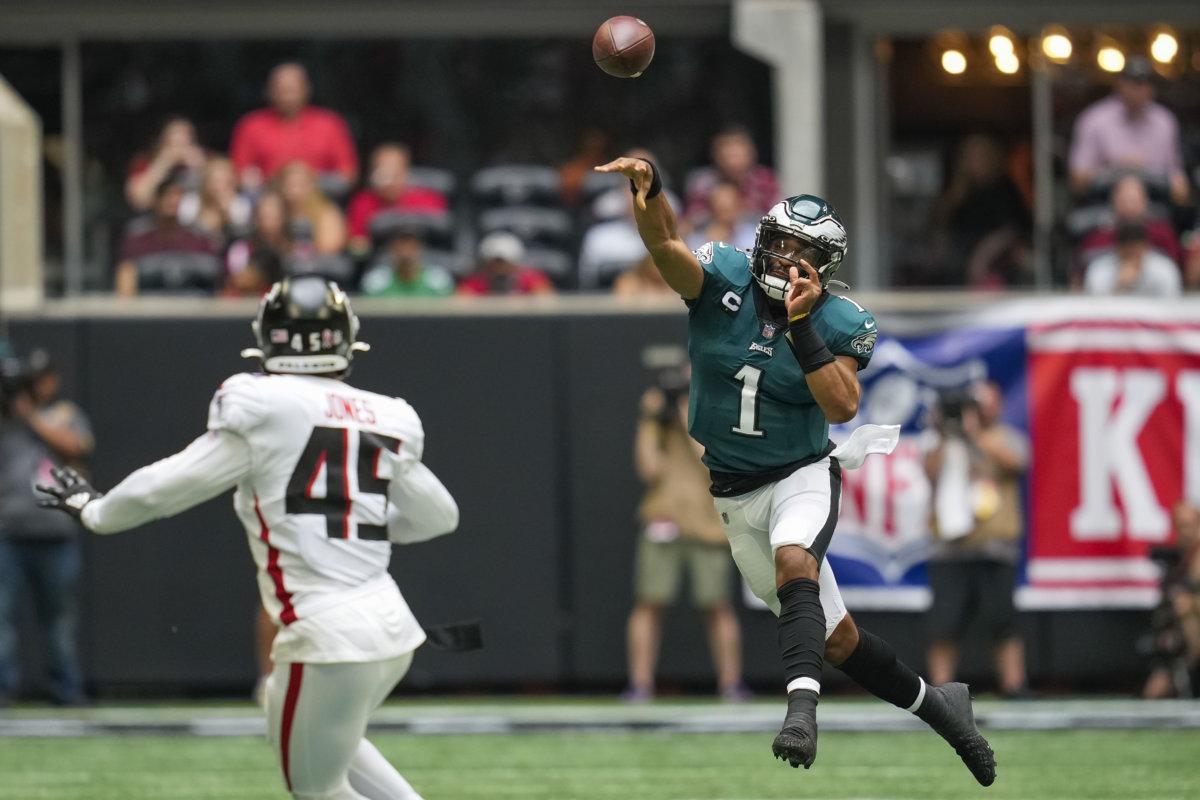 Jalen Hurts Eagles Falcons